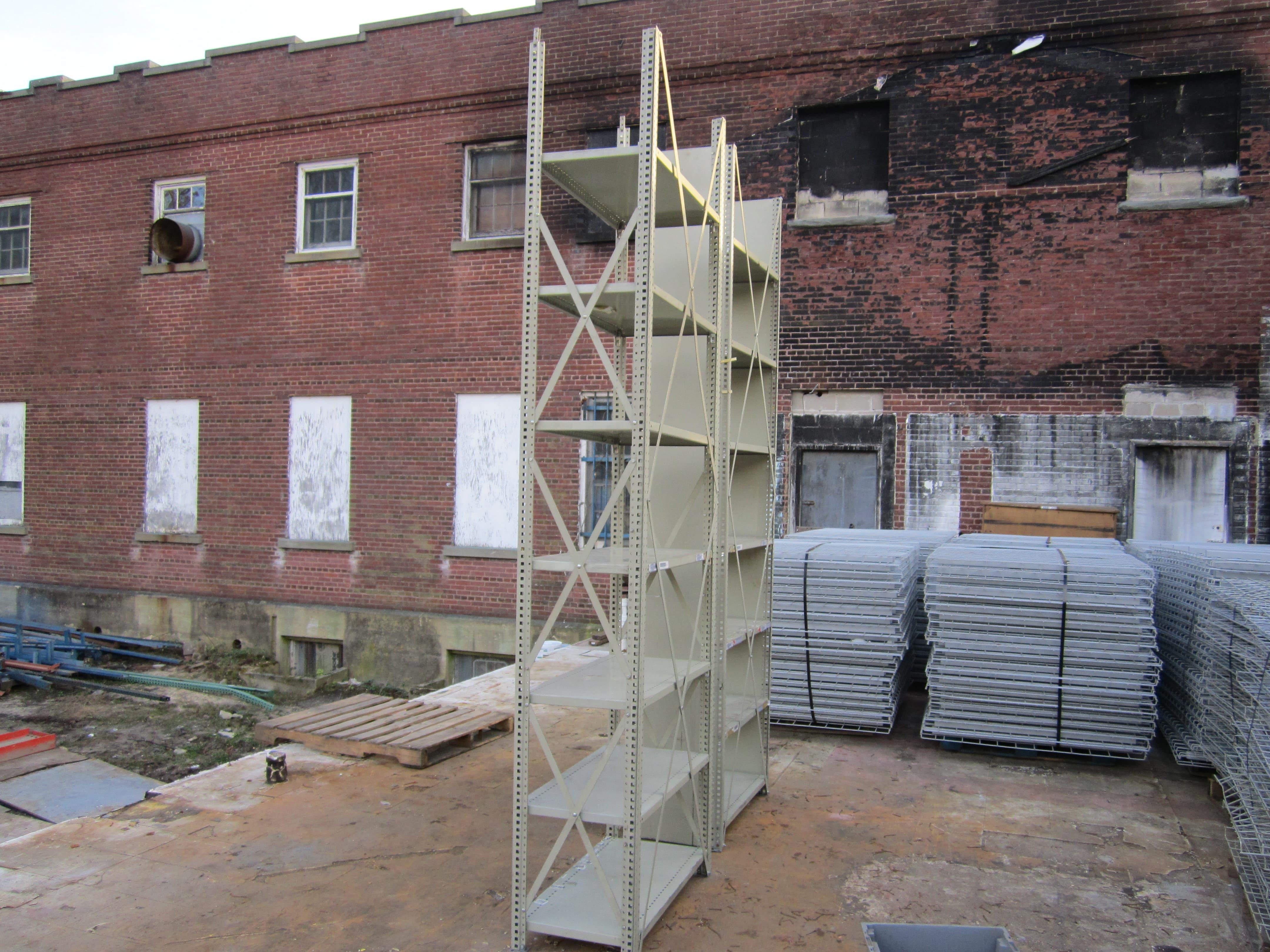 Steel Shelving 004