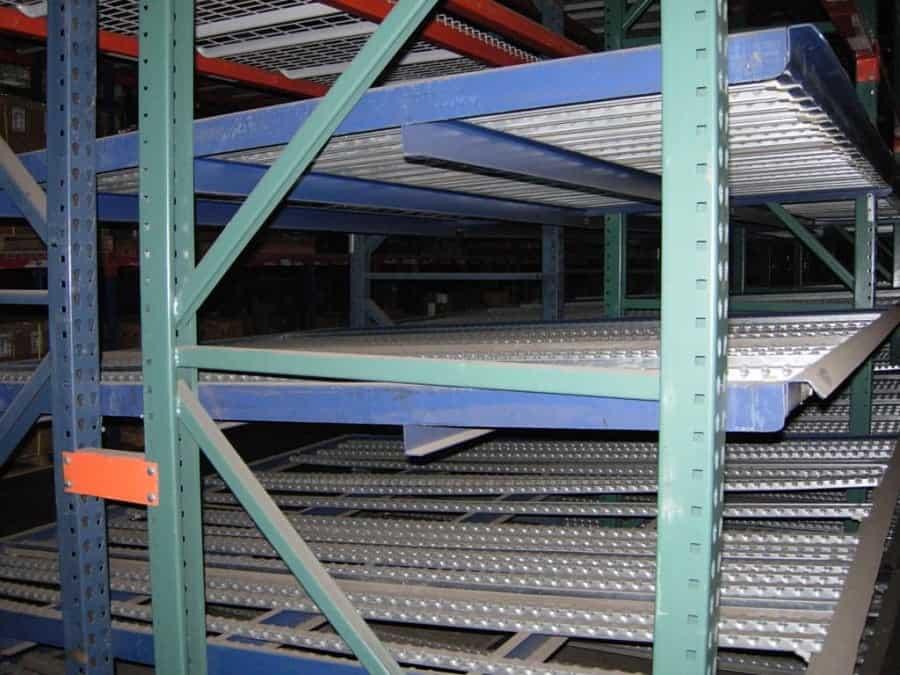 Unarco Flow Rack Beds