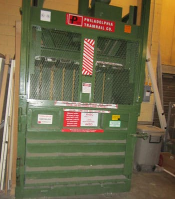 Used-Philadelphia-Tramrail-3400HD-Vertical-Baler-For-Sale