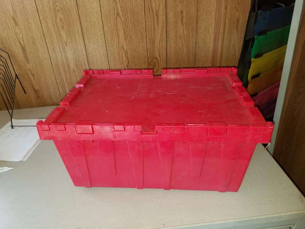 Used-Totes-Red-Side-BN