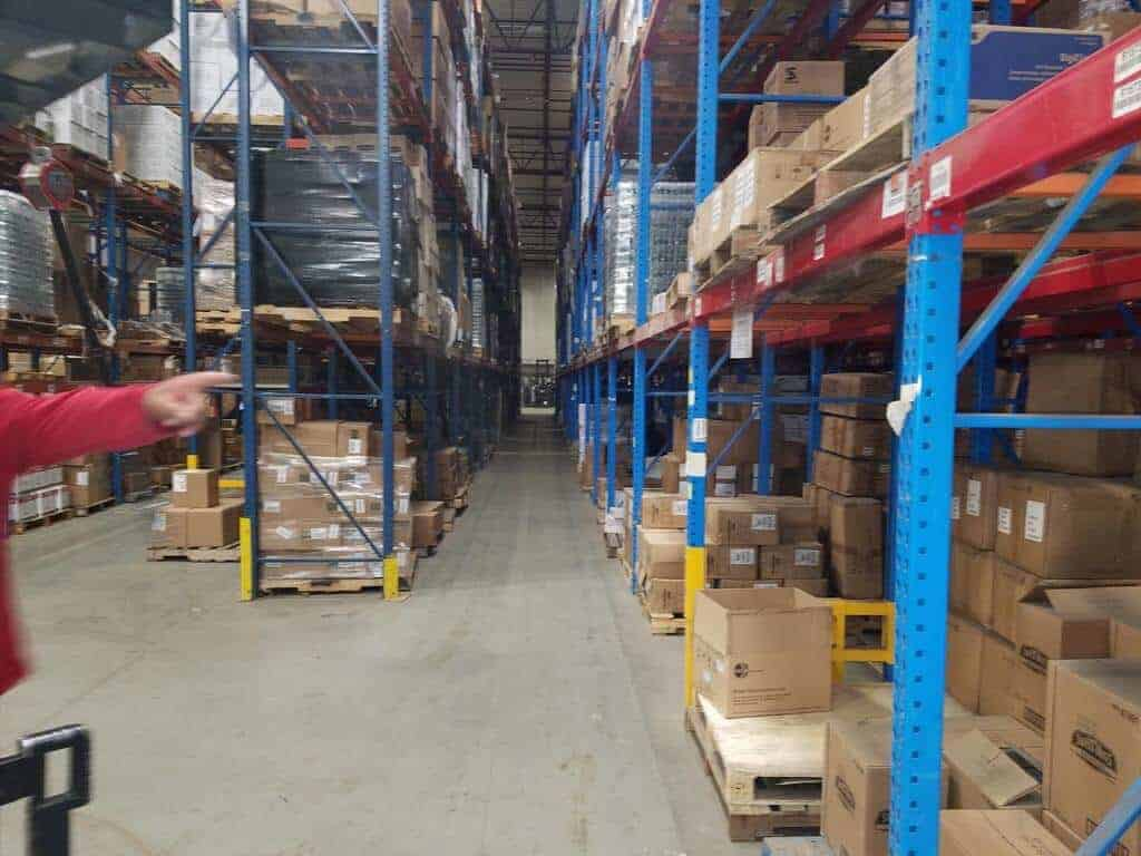 Used Teardrop Racking – 42″D Frames – 96″ Beams