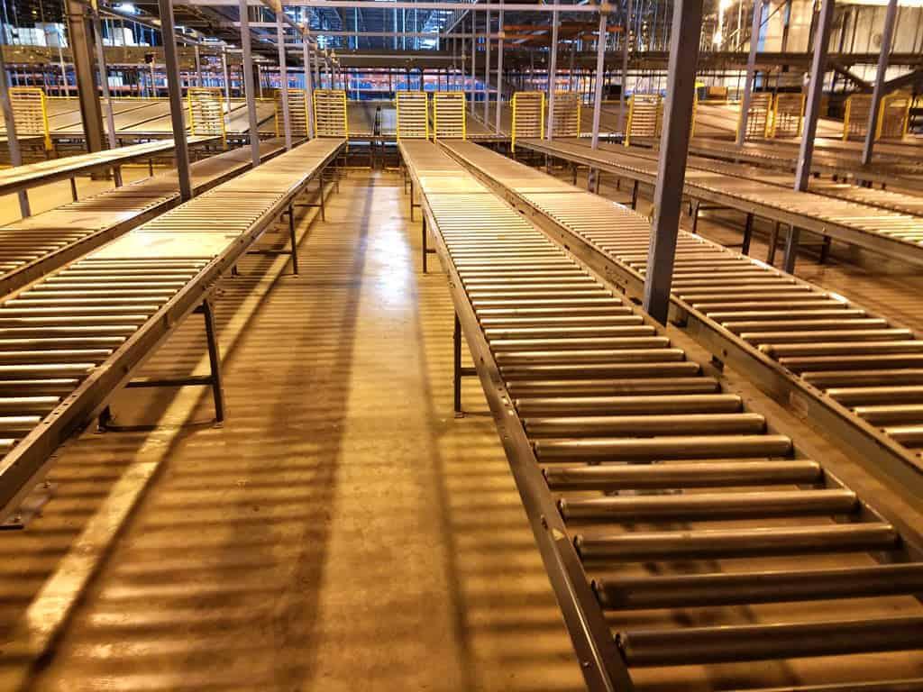 24-inch-gravity-conveyor