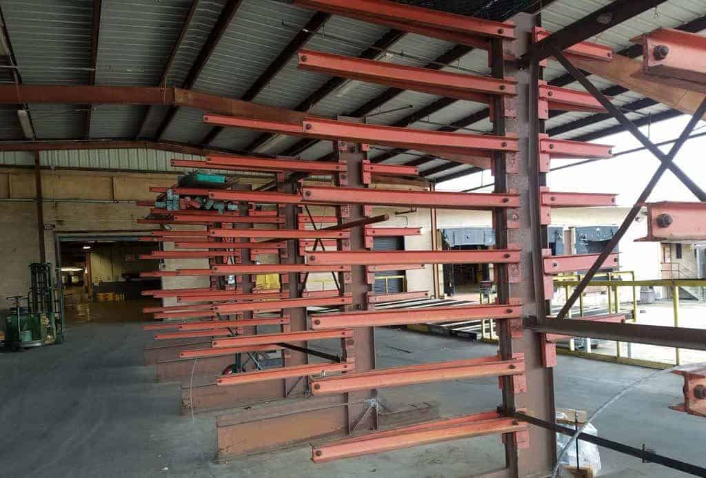 Structural cantilever rack standing