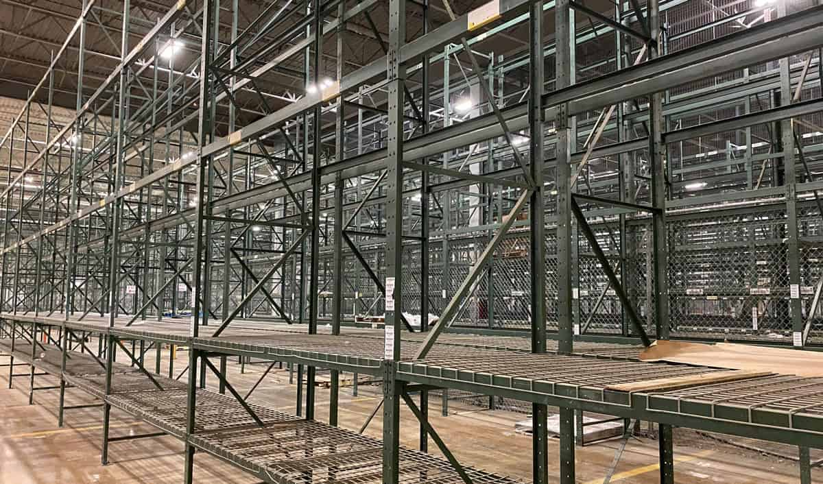 Green-Structural-Rack-Standing